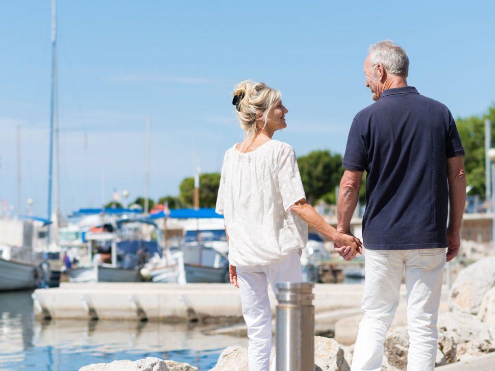 Medical alert alarm for seniors